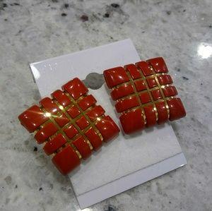 🎀 red geometric earrings